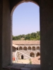 zicht uit kloostertoren - binnenplein